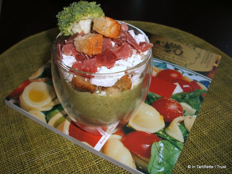 Velouté de brocolis, ricotta & coppa grillée