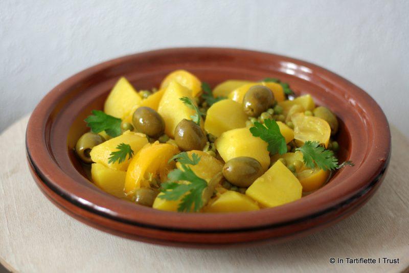 Tajine de pommes de terre, petits pois, olives & citron confit
