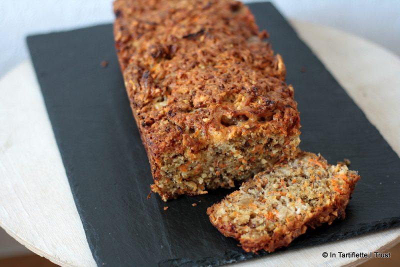 Carrot cake au gorgonzola & noix