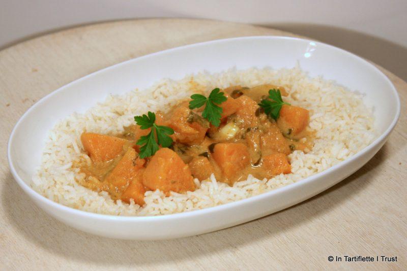 Curry de courge butternut au lait de coco & beurre de cacahuètes