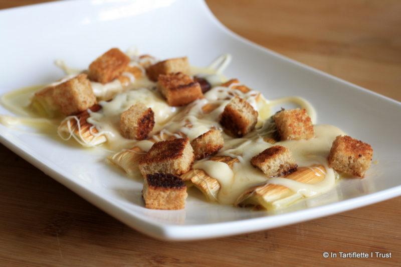 Fondue de comté, poireaux rôtis croûtons au beurre