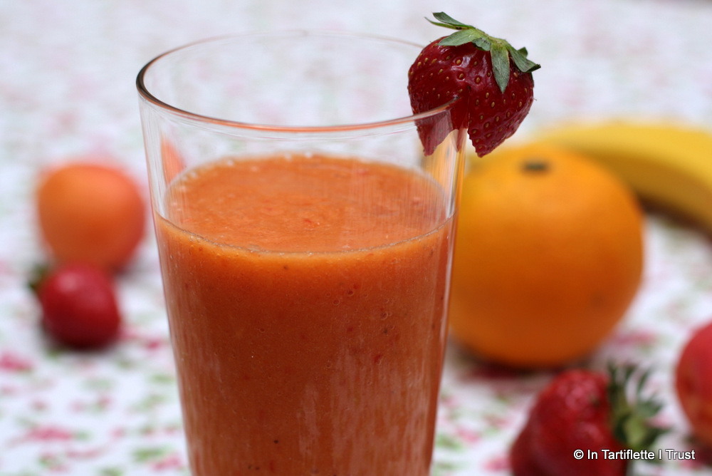 smoothie fraise abricot banane orange