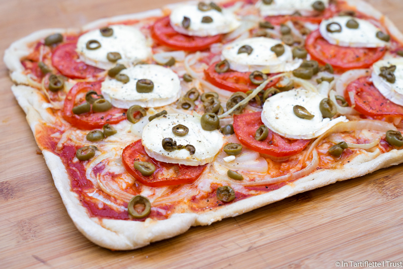 pizza chevre oignon tomate